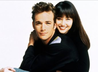 Our countdown of the top 5 Dylan & Brenda moments from their tumultuous teen relationship on the original Beverly Hills 90210.